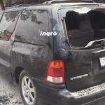 Riña en la 10 de abril deja daños a vehículos