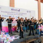 Enrique Vega celebra a las mamás trabajadoras del gobierno municipal