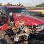 Dos lesionados tras choque de camionetas