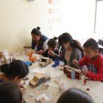 Lleva Elsa Méndez talleres de pintura a San Joaquín