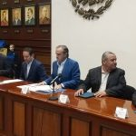 Gobernador anuncia programa de útiles escolares gratuitos