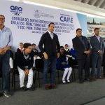 Gobernador entrega obras en escuela de San Juan del Río