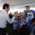 El Gobernador entrega la rehabilitación de la Unidad Deportiva de Pedro Escobedo