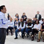 Anuncia Luis Nava reparación de 16 calles de la colonia Loma Dorada
