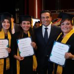 Apadrina Luis Nava a graduados de la Universidad Politécnica de SRJ