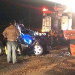 Un muerto y dos heridos en choque entre vehículo y tráiler carretera a SLP