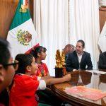 Recibe el Gobernador a ganadores de la Competencia Matemática Aloha