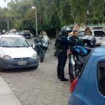 Policías recuperan vehículo robado