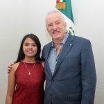 Enrique Vega recibió a Mónica Morán, ganadora del Premio Nacional de la Juventud 2019