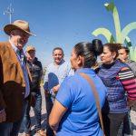 Enrique Vega cumple con los habitantes de La Pradera