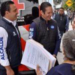 En la colonia Cimatario, Luis Nava compromete más servicios públicos