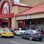 Taxis con taxímetro podrán ingresar a la terminal de autobuses
