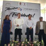 Reconoce Mauricio Kuri labor de maestros de Tequisquiapan