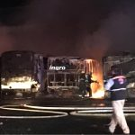 Megaincendio consume camiones