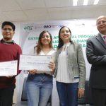 ELSA MENDEZ ENTREGA APOYOS A ESTUDIANTES DE LA UTC PARA MOVILIDAD INTERNACIONAL