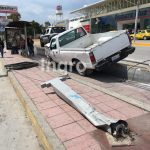 Exceso de velocidad causa accidente en 5 de Febrero