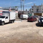 Golpean en Paseo Querétaro a ladrón que quiso robarse una camioneta