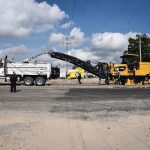 Supervisan Gobernador y Alcalde obras en la Carretera Estatal 413