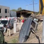 9 fallecidos y 13 lesionados tras choque de tren y camión en San Juan del Río