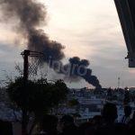Atienden incendio en bodega ubicada en Sombrerete