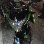 Pareja es detenida en Geoplazas a bordo de motocicleta robada