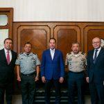 Gobernador se reúne con el comandante de la XVII Zona Militar