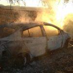 Se investiga incendio de taxi ecológico
