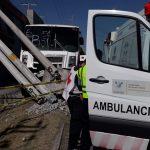 Autobús choca y deja 16 personas lesionadas