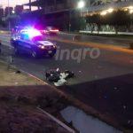 Video: Grave joven motociclista impactado por camioneta en la 57