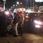 Motociclista pierde el control y choca en Av. Constituyentes