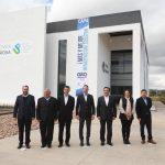 Luis Nava asiste a la entrega de Metra Center en la U. Politécnica de SRJ