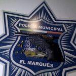 Policías de El Marqués detienen a dos con arma prohibida