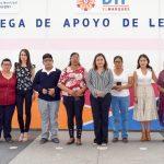 SMDIF El Marqués entrega lentes a población vulnerable
