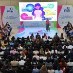 """Presentan """"Con Ellas Hacemos la Diferencia"""" a trabajadoras del Centro Cívico"""