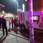 Auto embiste a estudiante de CECYTEQ en Boulevard de las Américas