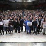 Luis Nava entregó 4 mil 686 incentivos del programa Tu Beca