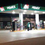 Roban con violencia gasolinera en Prolongación Bernardo Quintana