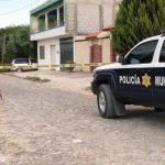 Abandonan vehículo con 5 escopetas en Tlacote El Bajo. Tripulantes huyen