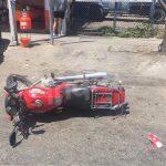 Derriban a motociclista