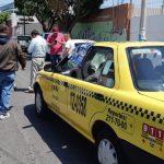 Taxi embiste a menor