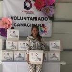 Damas de CANACINTRA reparten 400 despensas a desempleados