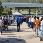 Regresan a sus labores trabajadores de Centro Cívico