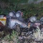 Vuelca camión con material peligroso en el Libramiento Noreste