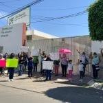 Vecinos de Corregidora exigen energía eléctrica para más de 300 familias