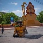 Continúan brigadas de bacheo atendiendo vialidades de El Marqués