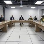 Expone Gobernador ante militares coordinación de las fuerzas de seguridad