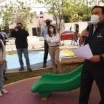 Luis Nava entrega rehabilitación del parque en colonia La Luna