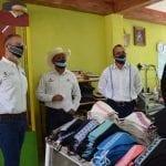 Entregan material a comerciantes y artesanos de Amealco