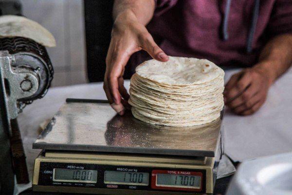 Tortilla ya se vende hasta en 20 por kilo: CANACO